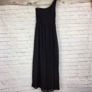 Black chiffon one shoulder maxi small dress